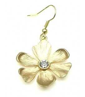 Mooie goudkleurige bloemvormige oorbellen