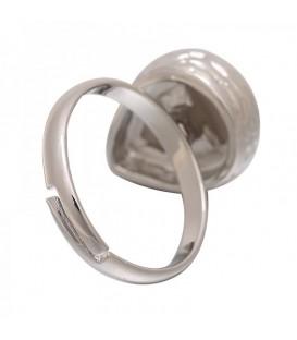 Zilverkleurige ring met grijze druppel steen