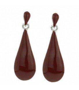 Mooie rode oorbellen met druppelvormige hanger