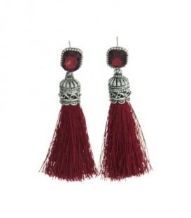 Rode oorbellen met strass steen en kwast