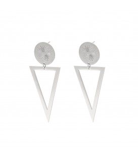 Zilverkleurige oorbellen met de gravure van een vuurwerk en een grote bengelende driehoek