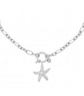 Zilverkleurige halsketting met een bedel als zeester