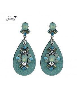 Blauwe oorbellen met ovale hanger en glaskralen
