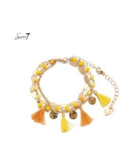 Gele armband van kralen,bedels en franje