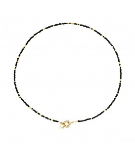 zwarte met goudkleurige halsketting met kralen,er is ook bijpassende armband bij.