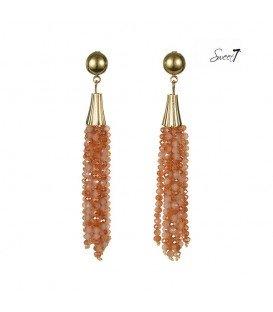 roze oorbellen met als hanger 8 strengen kralen