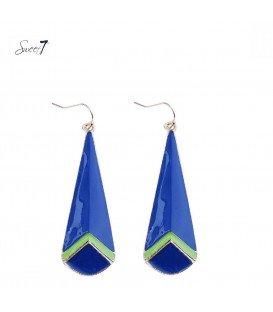oorbellen in langwerpige ovale vorm ingekleurd met blauw en groen